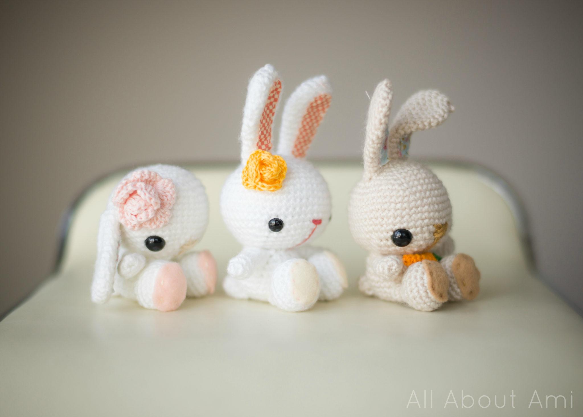Honey Bunny Amigurumi Dress-Up Doll with Garden Play Mat: Crochet ... | 1463x2048