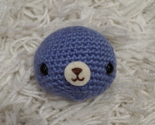 Amigurumi for Beginners How to embroider doll eyes Livia ... | 405x500