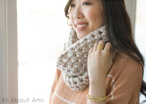Chunky Double Crochet Cowl