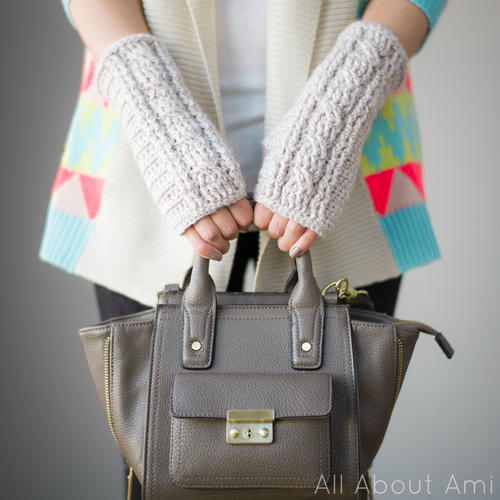 Crochet Cabled Wristwarmers
