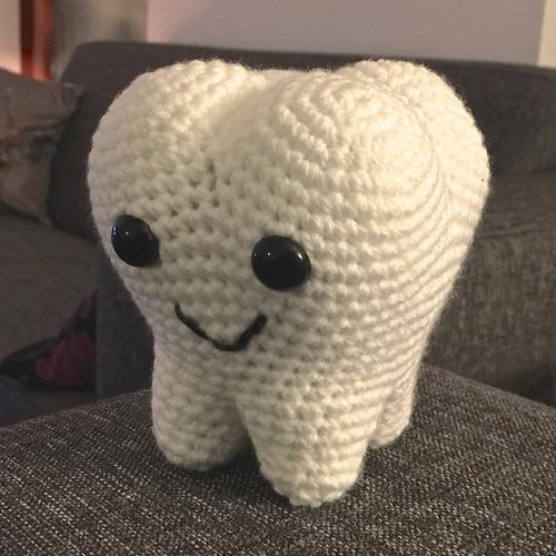 Tooth crochet | Crochet gifts, Crochet patterns amigurumi, Free ... | 500x500