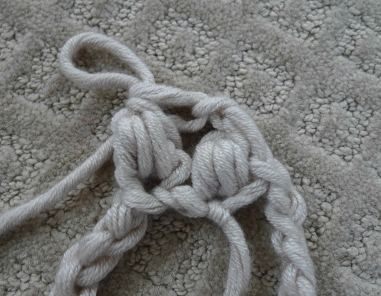 Jumbo Puff Stitch Cowl