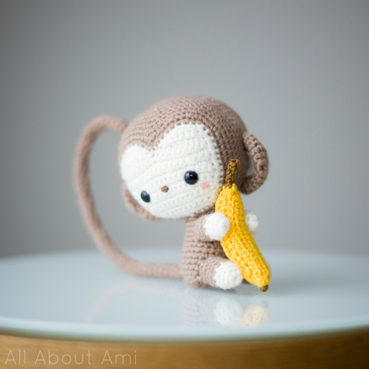 Cheerful naughty monkey amigurumi 🐵🌴🍉... - Amigurumi Today ... | 540x540