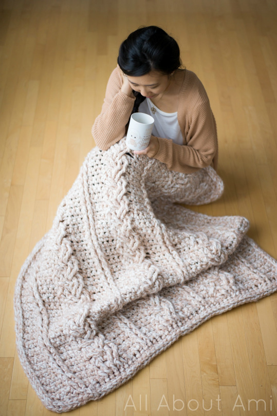 Chunky Braided Cabled Blanket 3
