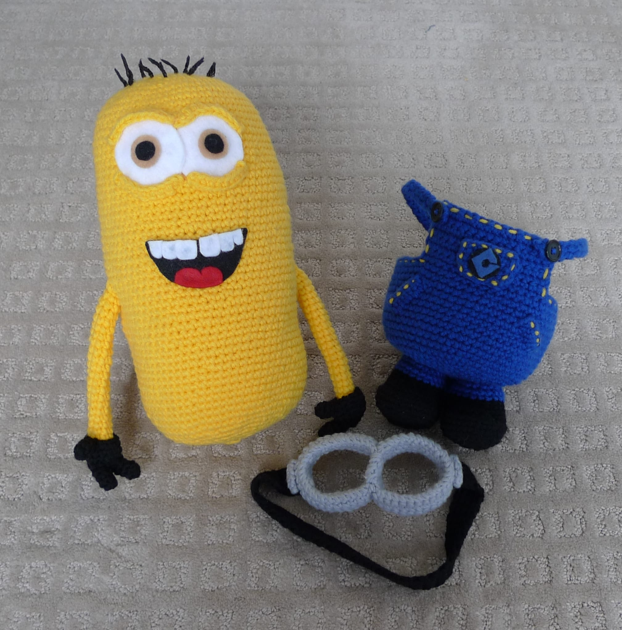 Despicable me minion all about ami dt1010fo