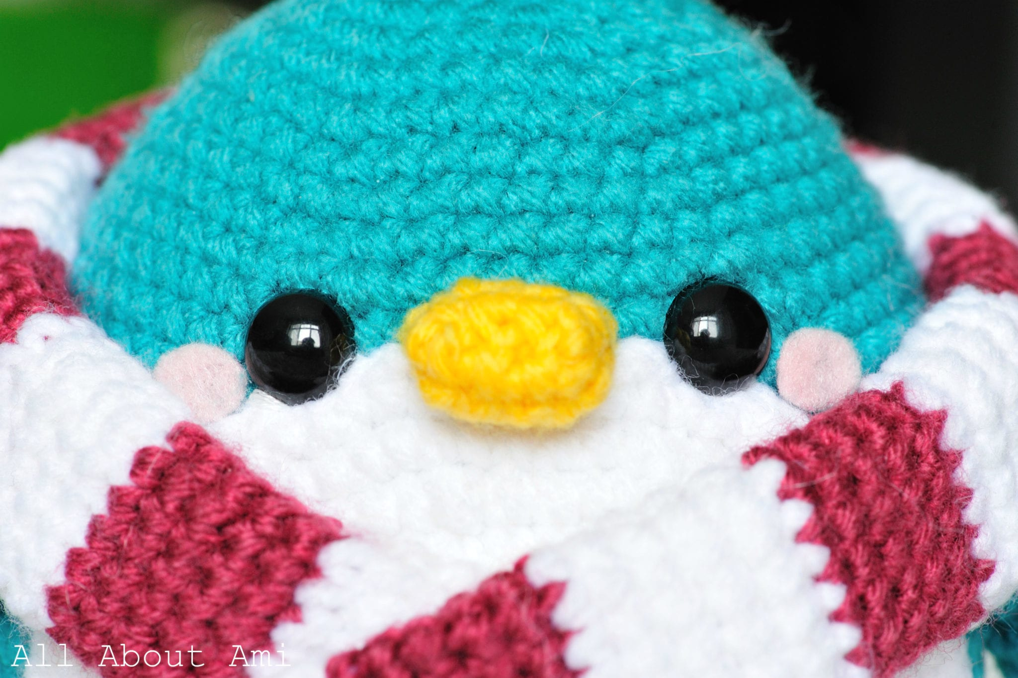 12 Free Perfect Crochet Penguin Patterns • Simply Collectible Crochet | 1363x2048
