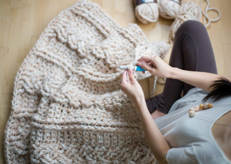 Sneak peek: Chunky Braided Cabled Blanket - All About Ami