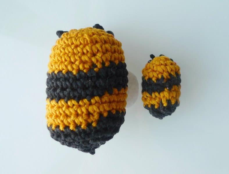 Amigurumi Bee : Amigurumi Bees Pattern: Bumble & Queen Bee - All About Ami