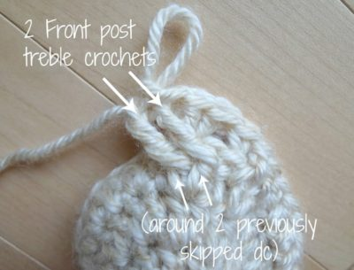 Crochet Cabled Mittens