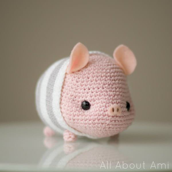 Ravelry: Little Bigfoot Pig 2014 pattern by Sharon Ojala | 600x600
