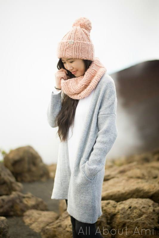 The Summit Beanie & Cowl (Knit)