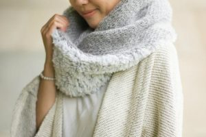 Luxe Faux Fur Cowl