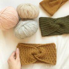 How to Crochet a Twist Headband