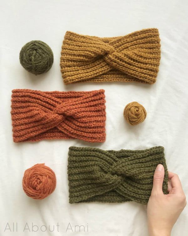 How to Crochet a Twist Headband